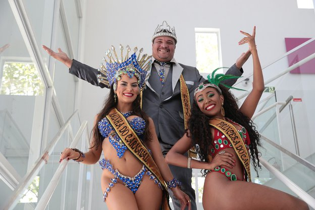 Rainha, Rei Momo e Princesa estão prontos para o desfile (Agência RBS/Fernando Gomes / Agência RBS)