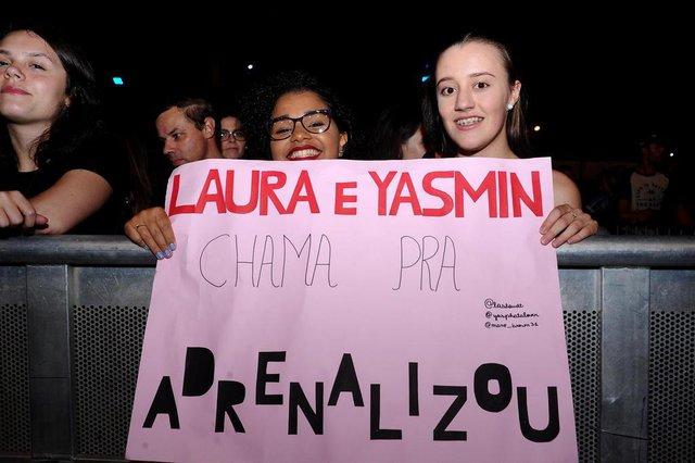 CAXIAS DO SUL, RS, BRASIL (02/03/2019)Noite de shows nos Pavilhões da festa da Uva. Na foto, Yasmin Bohn Erthal e Laura Staudt. (Antonio Valiente/Agência RBS)