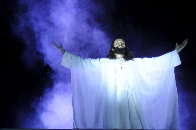 Giovanni Mattiello interpreta Jesus na programação da Semana Santa em Garibaldi.