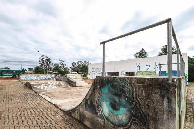 PORTO ALEGRE, RS, BRASIL, 08/05/2019: Especial 20 obras paradas -  1) Centro de Artes e Esportes Unificados (CEUs) -  Rua João de Oliveira Remião, Lomba do Pinheiro  . (Foto: Omar Freitas / Agência RBS)