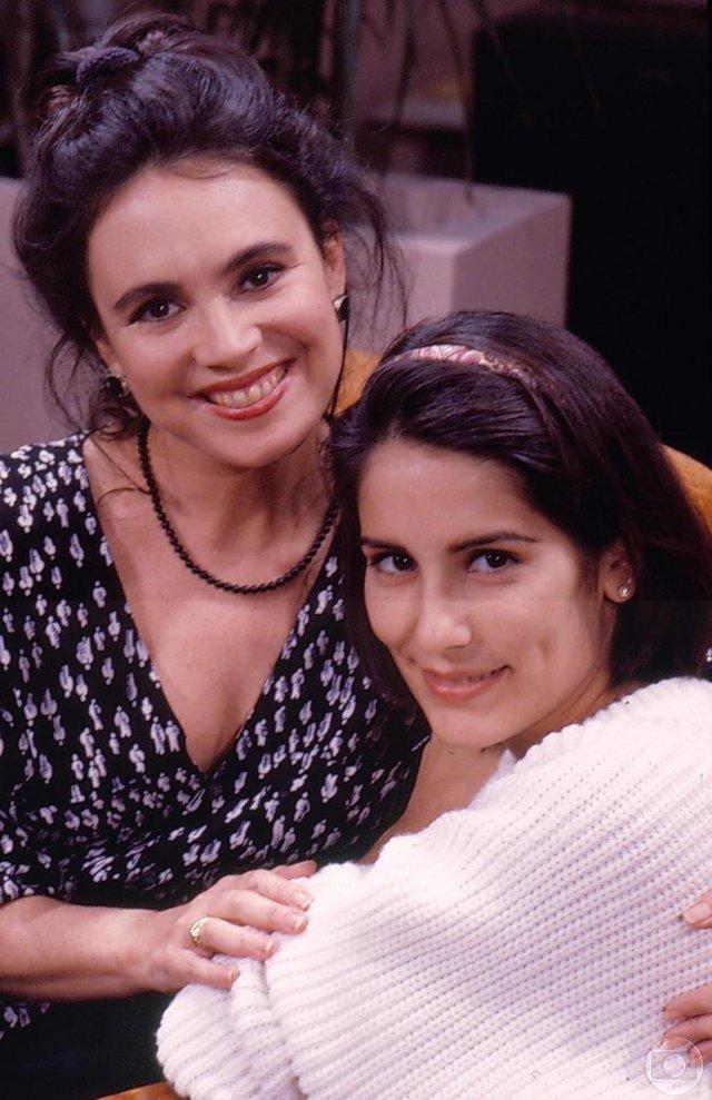 Raquel (Regina Duarte) e Maria de Fátima (Gória Pires), mãe e filha em Vale Tudo, novela de 1988.