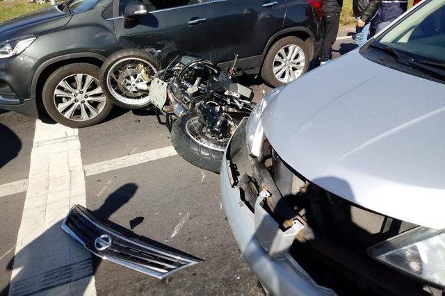 Acidente com moto na RSC-453, em Caxias