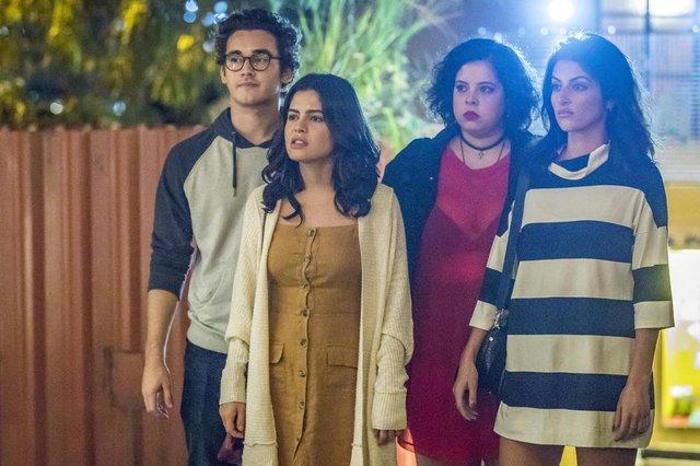 Benjamin (Felipe Bragança), Camila (Anaju Dorigon), Cibele (Guilhermina Libânio) e Laila (Julia Dalavia)