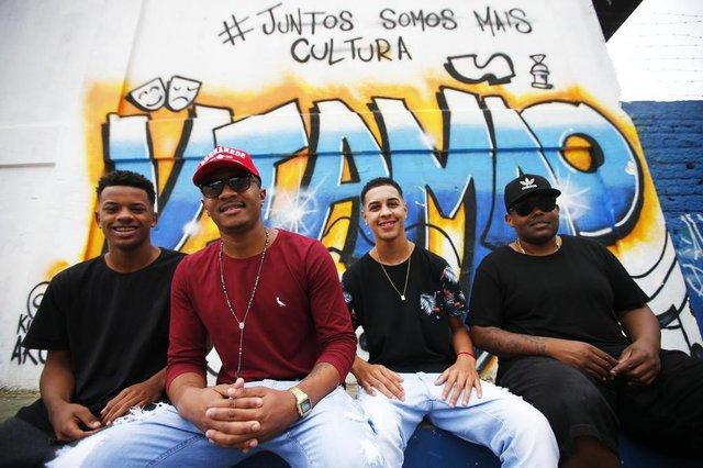 VIAMÃO, RS, BRASIL, 09-08-2019: Banda Pagode da Colina, para a coluna Estrelas da Periferia do Diário Gaúcho (FOTO FÉLIX ZUCCO/AGÊNCIA RBS, Editoria de Variedades).