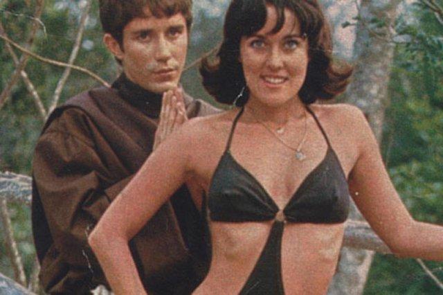 Djenane Machado e João Carlos Barroso na cena da novela Estúpido Cupido, de 1976.#PÁGINA: 8#PASTA: 512812#CAIXA: 000334 Fonte: Reprodução