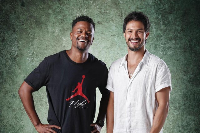 bom sucesso, Ramon ( David Junior ) e Marcos ( Romulo Estrela )