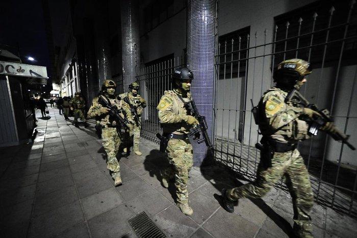 Mais de 250 policiais participam da ofensiva
