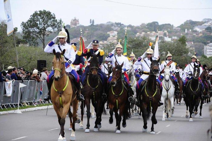 Mais de 3 mil cavalarianos participaram do evento