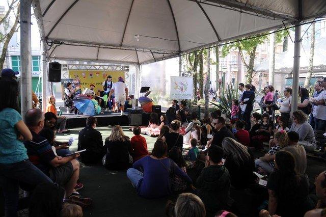 CAXIAS DO SUL, RS, BRASIL (29/09/2019)Primeiro fim de semana da 35ª Feira do Livro de Caxias. (Antonio Valiente/Agência RBS)
