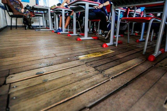 CANOAS, RS, BRASIL, 27/09/2019: Escola Municipal Ildo Meneghetti, em Canoas, segue com problemas estruturais. Projeto para construção de novo prédio não saiu do papel. (Foto: Omar Freitas / Agência RBS)Indexador: NGS
