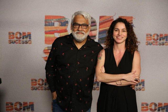Rosane Svartman e Paulo Halm, autores, bom sucesso