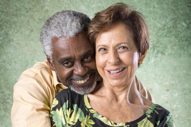 bom sucesso, Fabricio ( Romeu Evaristo ) e Terezinha ( Stella Freitas )