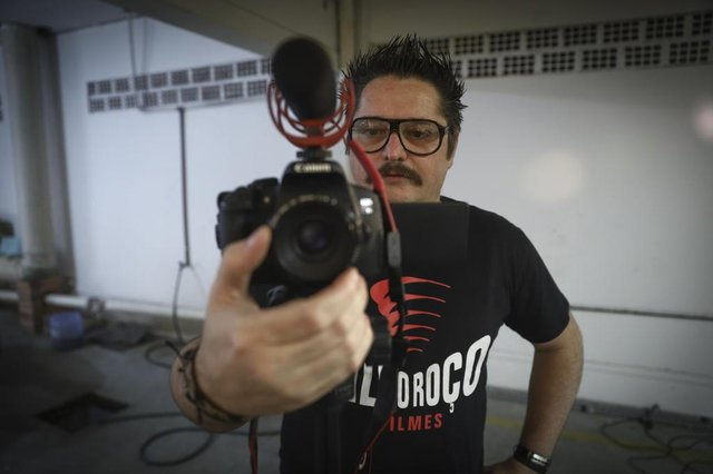 /PORTO ALEGRE, RS, BRASIL, 17/10/2019: Entrevista com Evandro Berlesi, que há 11 anos produz filmes em Alvorada. Ele já lançou cinco longas e finaliza o sexto.Indexador: ISADORA NEUMANN