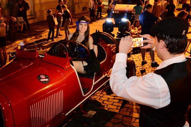 Exposição de carros antigos é uma das atrações do Garibaldi Vintage.