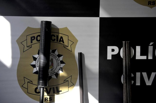 CAXIAS DO SUL, RS, BRASIL, 16/07/2019Operação da Polícia Civil cumpre 12 mandados de busca em Caxias do Sul e apreende armas. (Lucas Amorelli/Agência RBS)