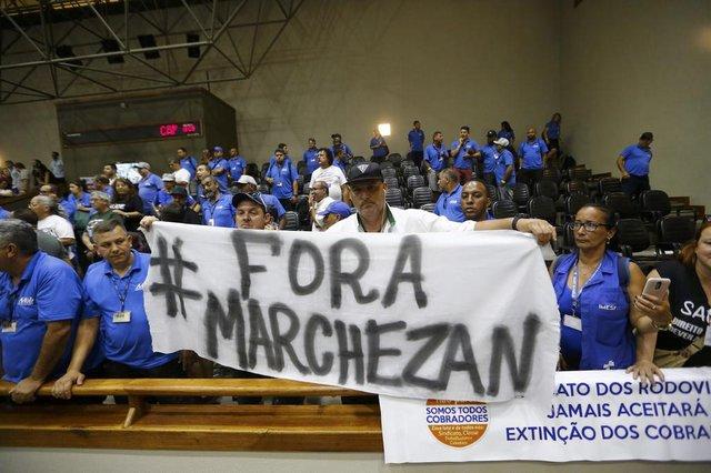 PORTO ALEGRE, RS, BRASIL - 19.12.2019 - Vereadores discutem projeto que retira cobradores de ônibus de Porto Alegre. (Foto: Marco Favero/Agencia RBS)