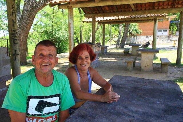PORTO ALEGRE RS - BR - 19.12.2019Praia do Lami, zona sul de Porto ALegre.Maria de Lourdes (60), e José Antônio Viegas (67).FOTÓGRAFO: TADEU VILANI AGÊNCIARBS EDITORIA DG