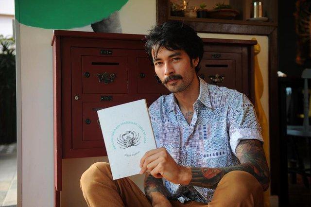 CAXIAS DO SUL, RS, BRASIL 06/11/2018Escritor curitibano Pippo Pezzini lança seu terceiro livro, nesta semana, em Caxias. (Felipe nyland/Agência RBS)