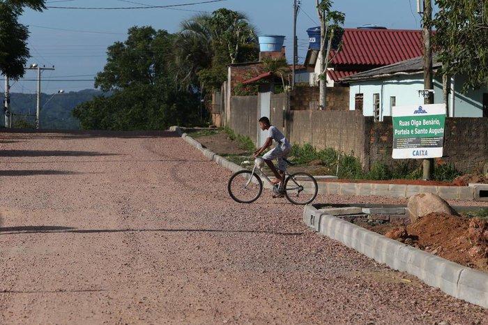 Parte da Rua Portela recebeu serviços iniciais