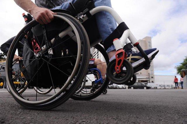 CAXAIS DO SUL, RS, BRASIL (23/01/2020)13 integrantes do grupo de habilidades em cadeira de rodas realizam ação de inclusão social no Shopping Iguatemi em Caxias. (Antonio Valiente/Agência RBS)