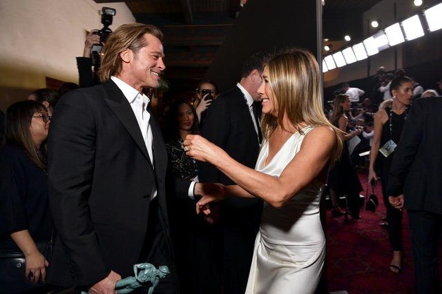 LOS ANGELES, CALIFORNIA - JANUARY 19: Brad Pitt and Jennifer Aniston attend the 26th Annual Screen Actors Guild Awards at The Shrine Auditorium on January 19, 2020 in Los Angeles, California. 721313   Emma McIntyre/Getty Images for Turner/AFP