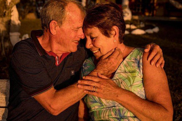 Fotógrafo Samuel Slovinscki Boff fez ensaio em homenagem aos 40 anos de amor dos pais, Luiz Carlos Boff e Lucélia Slovinscki Boff.