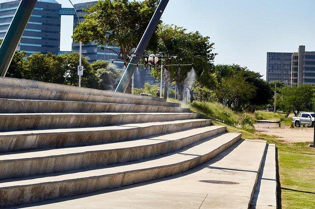 PORTO ALEGRE, RS, BRASIL, 27-03-2020: Empresa SkyDrones testa drones para desinfecção de ruas em Porto Alegre. (FOTOS: Daniel Estima Bandeira / Divulgação SkyDrones)<!-- NICAID(14462761) -->