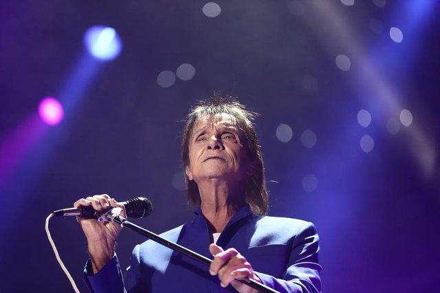 PORTO ALEGRE, RS, BRASIL, 09/12/2018 - Show Roberto Carlos na Arena em Porto Alegre. (FOTOGRAFO: CARLOS MACEDO / AGENCIA RBS)<!-- NICAID(13867658) -->