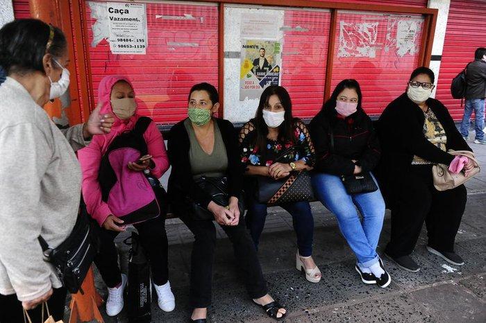 Cumprindo decreto, população de Canoas aderiu ao uso de máscaras para pegar transporte na cidade