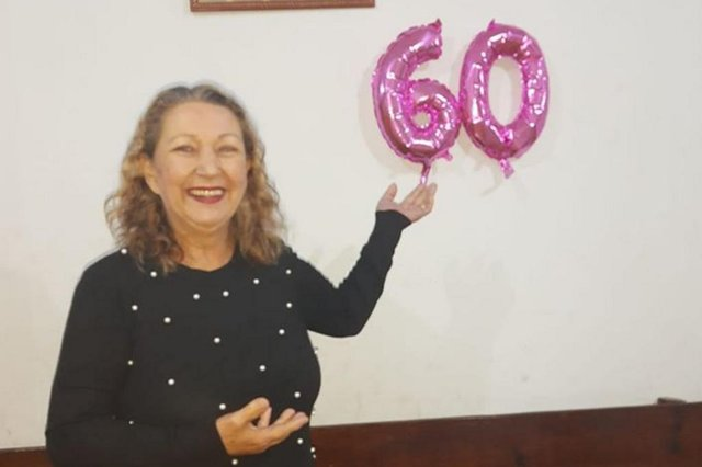 92 Mais Mulher , Débora Silva