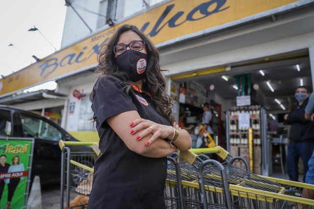 PORTO ALEGRE, RS, BRASIL - 12.06.2020 - Empreendedoras da Restinga - Sheila, dona do Mercado do Baixinho. (Foto: Isadora Neumann/Agencia RBS)Indexador: ISADORA NEUMANN