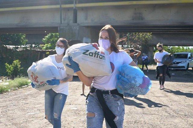 seu problema é nosso , projeto por mais sorrisos , voluntariado , voluntários , porto alegre , solidariedade<!-- NICAID(14529369) -->
