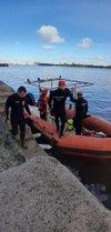 Buscas foram realizadas na sexta-feira, por mergulhadores dos bombeiros