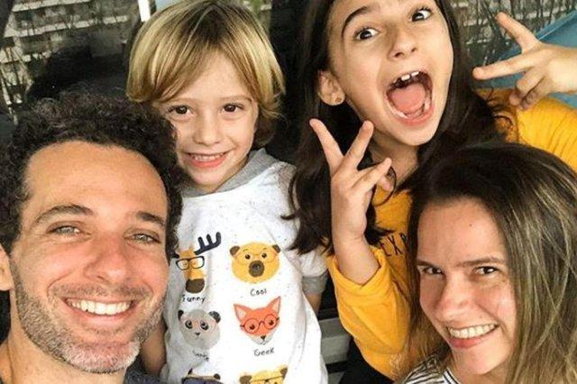 Mouhamed Harfouch, a esposa Clarissa e os filhos Ana Flor e Bento