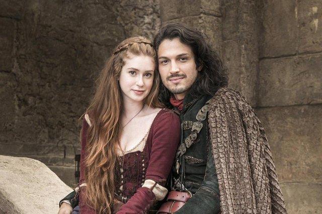 deus salve o rei, Amália e Afonso