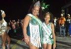 Lisiane como Rainha Plus, ao lado da filha Khyara Luiza (Divulgação/Arquivo Pessoal)