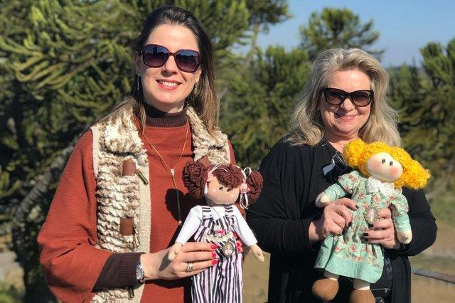 Bianca Dotti Sartori e Isis Guizzo Rosa estão à frente da Esperienze Turismo, nova agência de viagens de Caxias do Sul e região. <!-- NICAID(14577135) -->