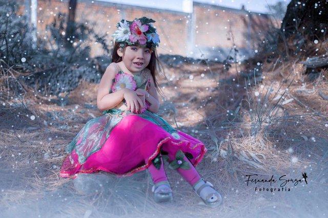 Projeto Fotografando Anjos, da fotógrafa Fernanda Sousa, de Farroupilha, registra crianças com alguma deficiência vestidos com roupas de superheróis, heroínas ou personagens encantados. Na foto, Ada Heloísa do Nascimento Rodrigues, de 5 anos.<!-- NICAID(14586247) -->