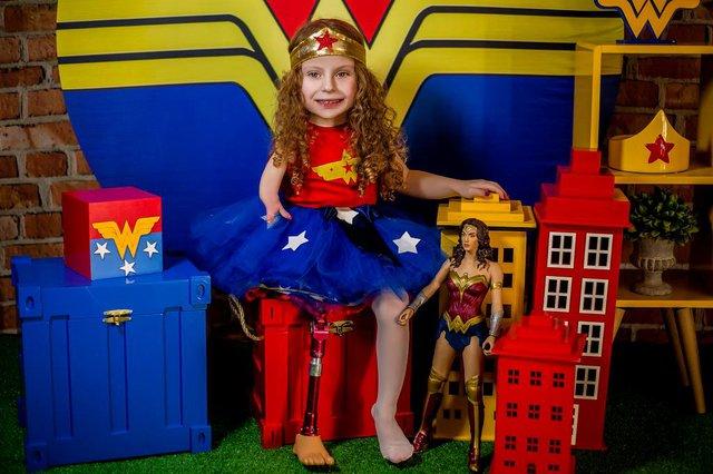 Projeto Fotografando Anjos, da fotógrafa Fernanda Sousa, de Farroupilha, registra crianças com alguma deficiência vestidos com roupas de superheróis, heroínas ou personagens encantados. Na foto, Yasmin Silveira Nogueira, de 4 anos.<!-- NICAID(14586267) -->
