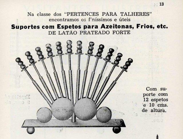 Itens de cozinha da cutelaria Eberle, anunciandos no Boletim Eberle de outubro e novembro de 1959. Peças eram vendidas no Varejo do Eberle.<!-- NICAID(14605545) -->