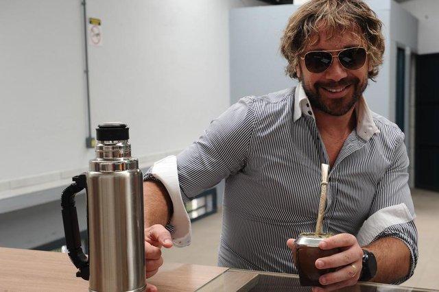 ANTÔNIO PRADO, RS, BRASIL (28/10/2020)O ex-zagueiro do São Paulo e da seleção uruguaia, e atual dirigente do clube paulista, Diego Lugano está na Serra. Nesta quarta-feira (28), ele participou de um café da manhã com outros investidores e potenciais compradores do Hotel Axten, em Antônio Prado, do qual é investidor. (Antonio Valiente/Agência RBS)<!-- NICAID(14627931) -->
