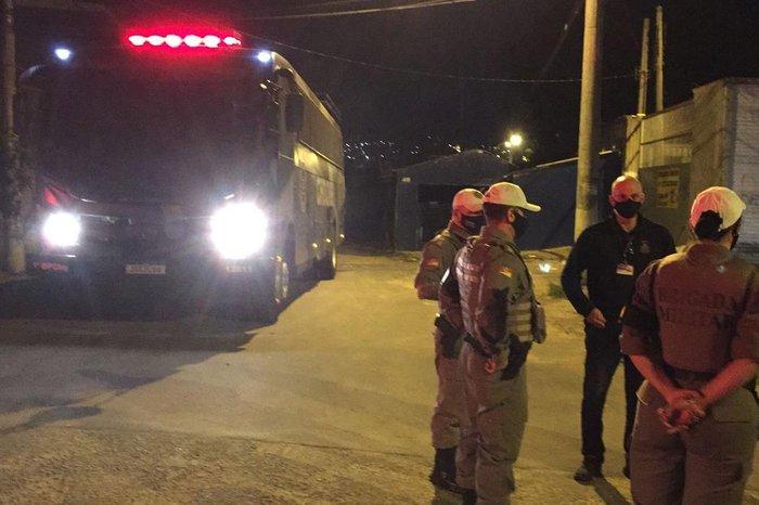 Brigada Militar, Guarda Municipal e EPTC monitoram a situação