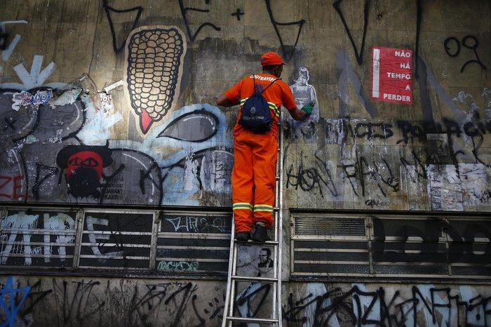 Pichações serão removidas com a pintura do monumento