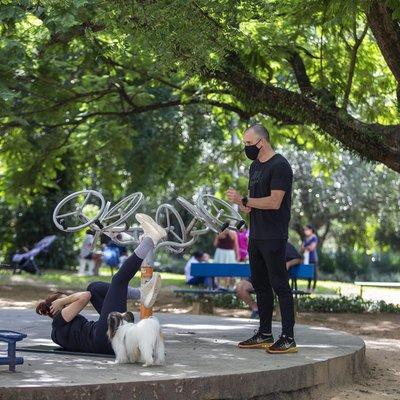 Praças e parques se consagram como academias ao ar livre em Porto Alegre