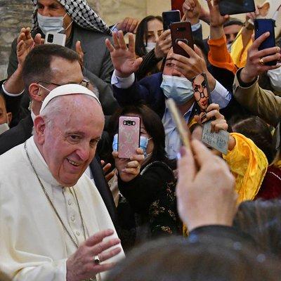 """""""É hora de reconstruir"""", diz Papa ao rezar por vítimas de cidade devastada pelo Estado Islâmico"""