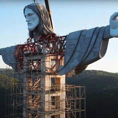 Com 43 metros de altura e elevador interno, Cristo Protetor de Encantado deve ficar pronto até o fim do ano