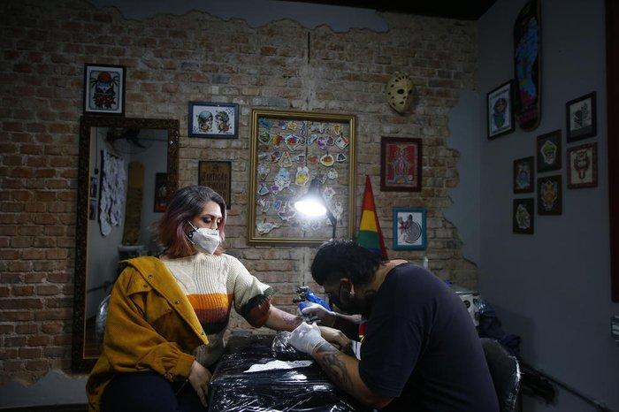 A professora Vanessa Mendes Pedroso foi a primeira a aproveitar a promoção