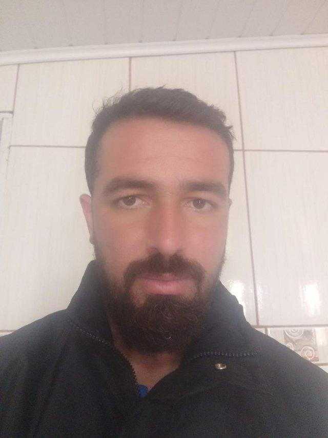 O vendedor Diego Zang Schütz, 34 anos, mora na região desde que nasceu. Segundo ele, é um problema que vem de outras gestões mas que parece estar sendo negligenciado também pela gestão atual. <!-- NICAID(14894999) -->