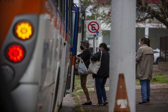 GUAÍBA, RS, BRASIL - Como as cidades da Região Metropolitana têm lidado com a criese em suas redes de transporte municpial.Indexador: Jeff Botega<!-- NICAID(14880552) -->