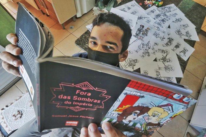 Samuel publicará seu primeiro livro, uma ficção histórica ambientada na Segunda Guerra Mundial